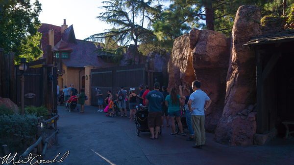 Disneyland Resort, Disneyland, Frozen, Meet, Greet, Queue, Line, Return Time