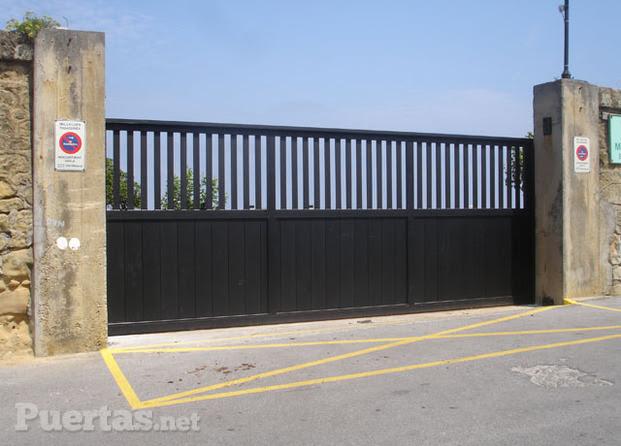 Dormitorio muebles modernos puertas correderas exterior - Puertas acristaladas exterior ...