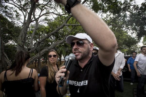 Marcello Reis, do Revoltados Online, é um dos propagadores do ódio e da violência