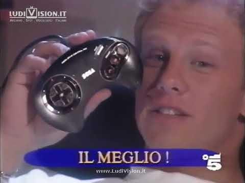 Sega Mega Drive II con Ian Ziering (1993)