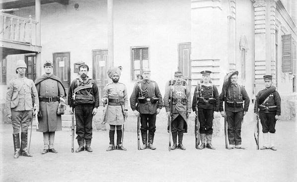 Captured From The Past : 1900 Soldiers (in order) Britain - USA - Australia - India - Germany - France - Austria - Italy - Japan