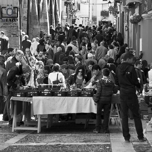 [ SOCIEDADES COMUNITARIAS Y ASOCIATIVAS] - [ STREET LIFE - PHOTOGRAPHY ] by Otazu