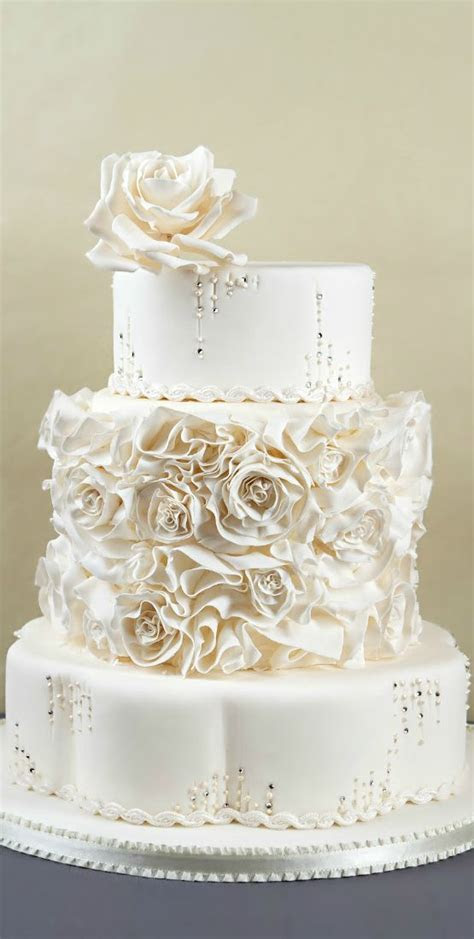 251 best images about All White Wedding Ideas on Pinterest
