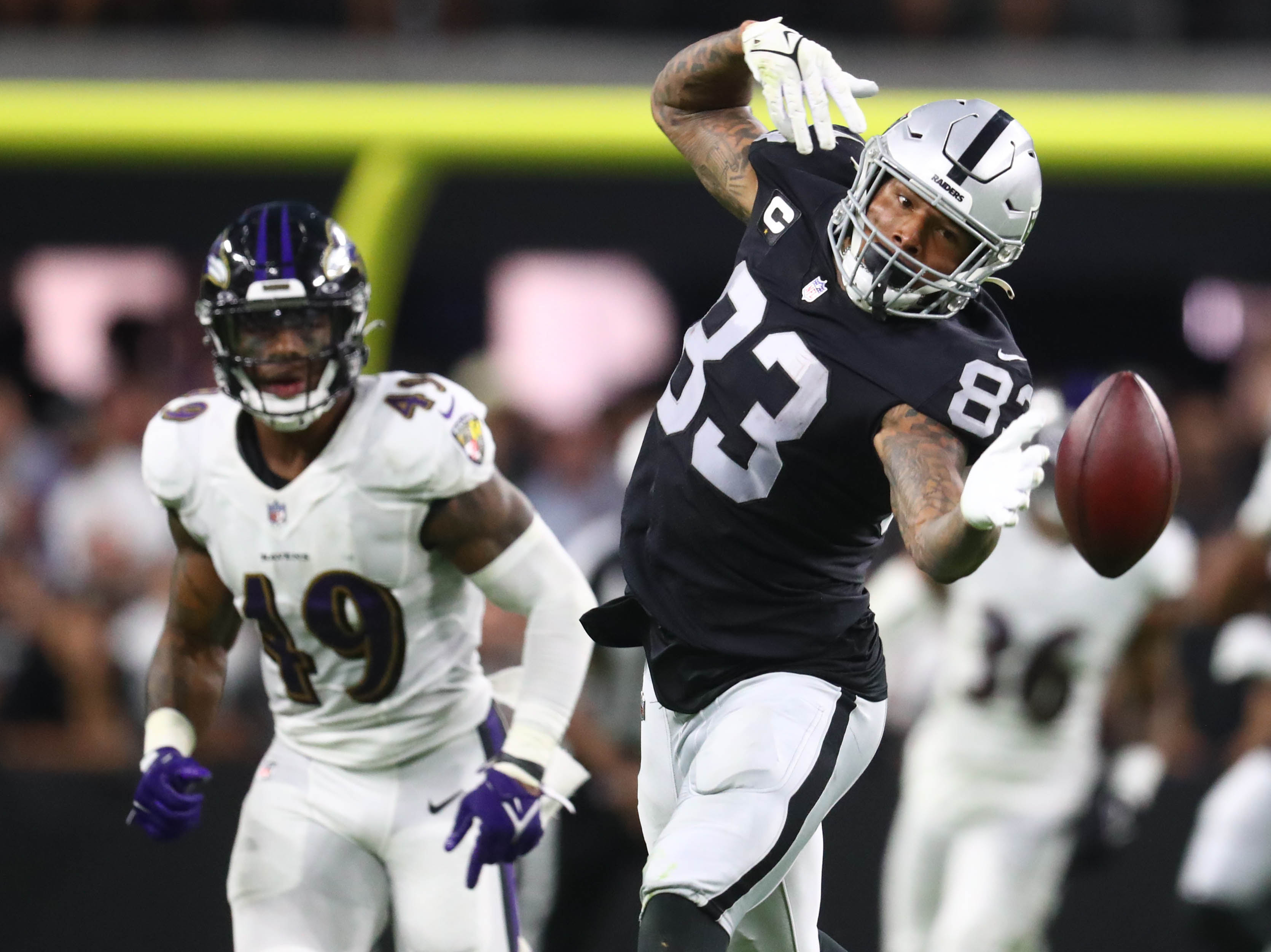 Steelers HC Mike Tomlin makes perfect comparison for Raiders TE Darren Waller