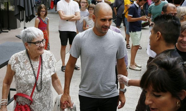 82 Y/O MAN CITY COACH PEP GUARDIOLA'S MOTHER DIES OF CORONAVIRUS