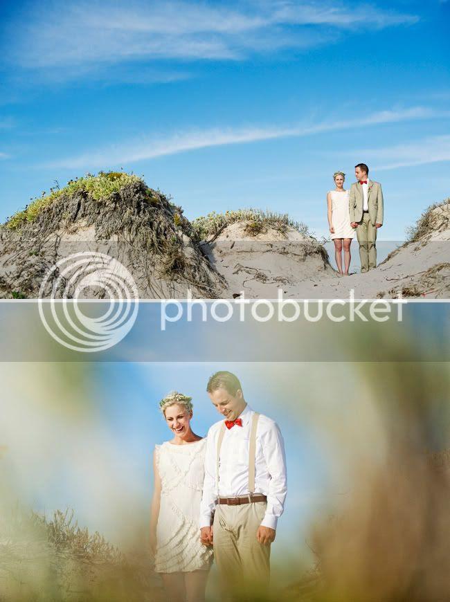 http://i892.photobucket.com/albums/ac125/lovemademedoit/welovepictures/StrandKombuis_Wedding_079.jpg?t=1324654989