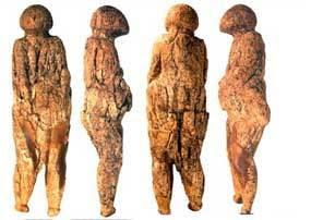 22,000-YEAR OLD TUSK CARVINGS PEOPLE