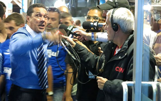 Luxemburgo entrevista Grêmio Fluminense (Foto: Edgar Maciel de Sá)