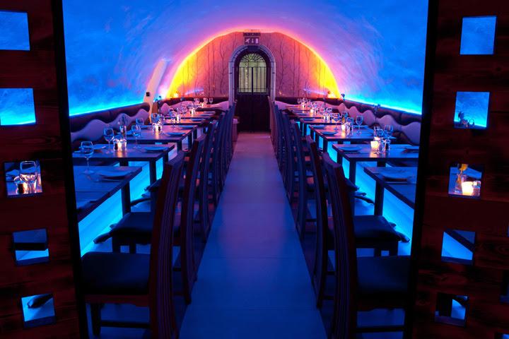 La Perla restaurant by InStyle LED Lighting, Bath – UK » Retail ...