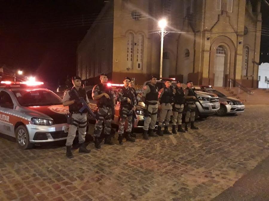 Resultado de imagem para POLÍCIA MILITAR NO CARNAVAL DE CATOLÉ DO ROCHA 2018