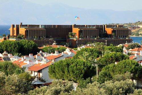7800 Çeşme Residences and Hotel