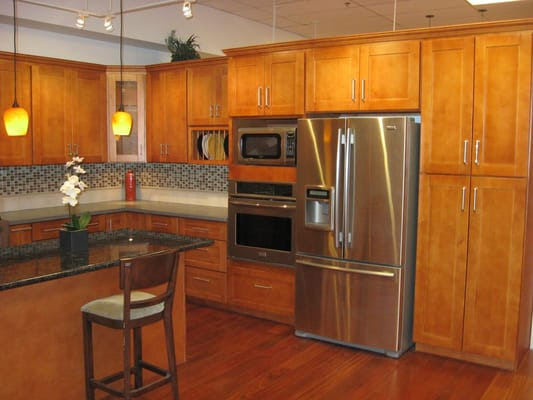 Our Most Popular Cabinets: Honey Maple Shaker Style | Yelp