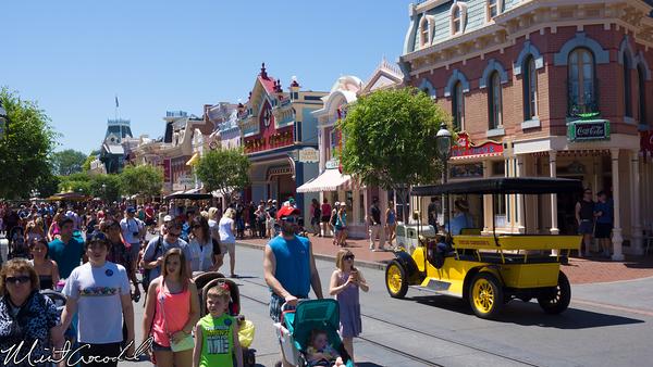 Disneyland Resort, Disneyland, Hot, Heat, Crowd, Main Street U.S.A.