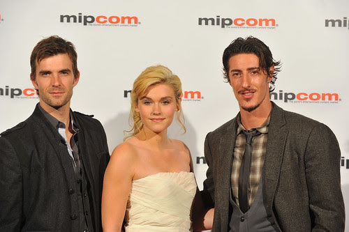 Eric Balfour (at right) with his fellow cast members from HAVEN