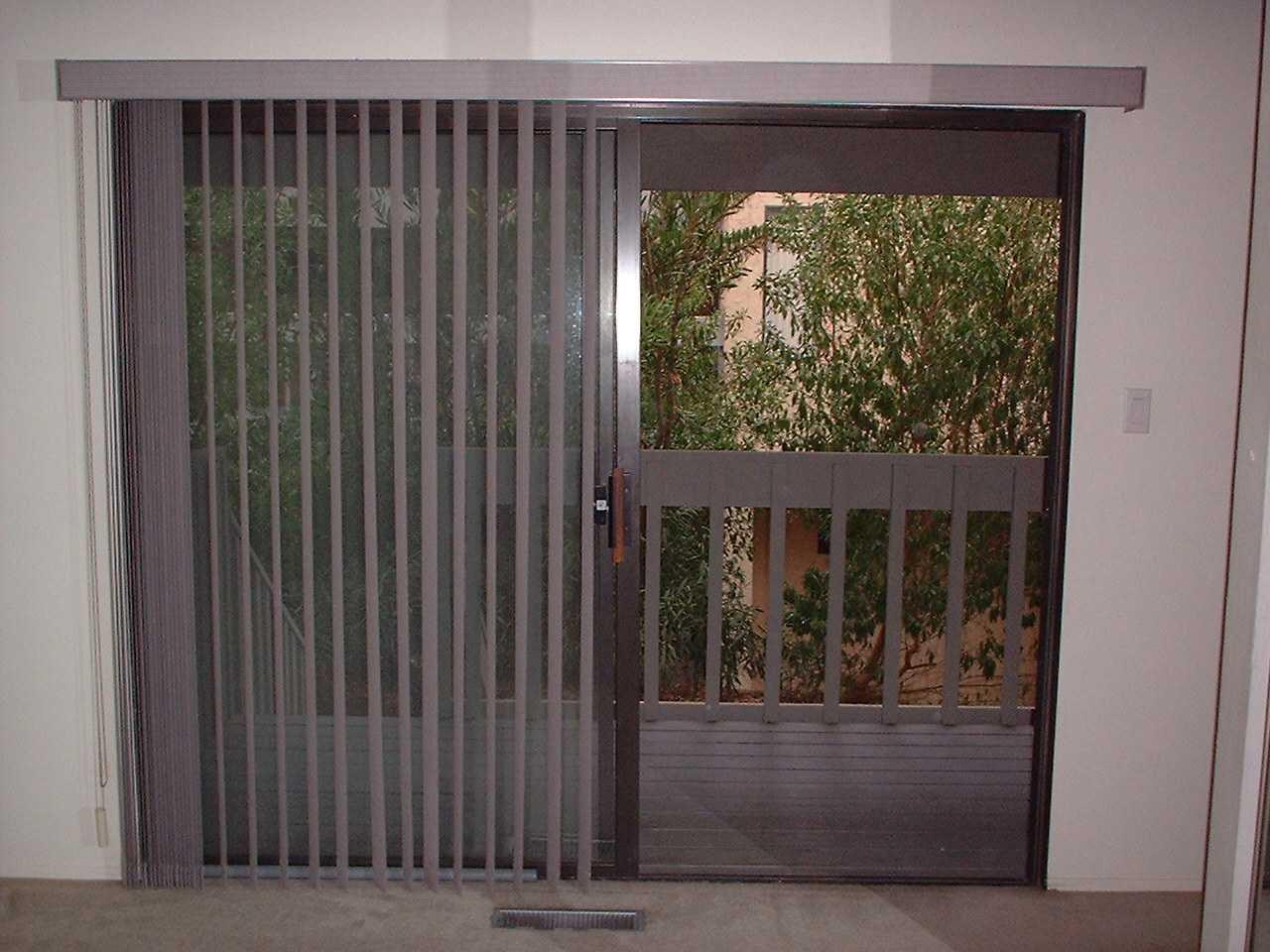Sliding patio door blinds ideas   Hawk Haven