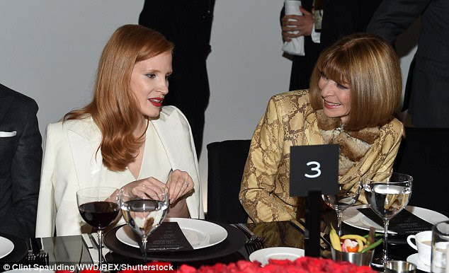 A-list seating plan: The star chatted to fashionista Anna Wintour at the dinner