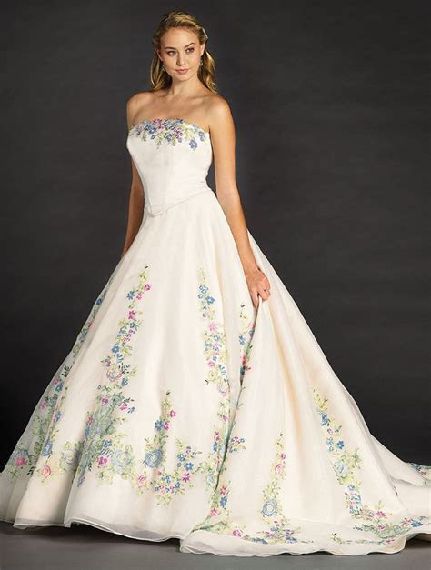 1000  ideas about Disney Wedding Gowns on Pinterest