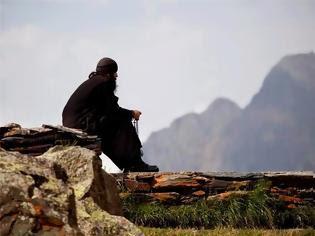 Φωτογραφία για 4775 - Και οι Αγιορείτες μπορούν να ψηφίσουν, αλλά ποτέ δεν στήθηκαν κάλπες στο Άγιο Όρος