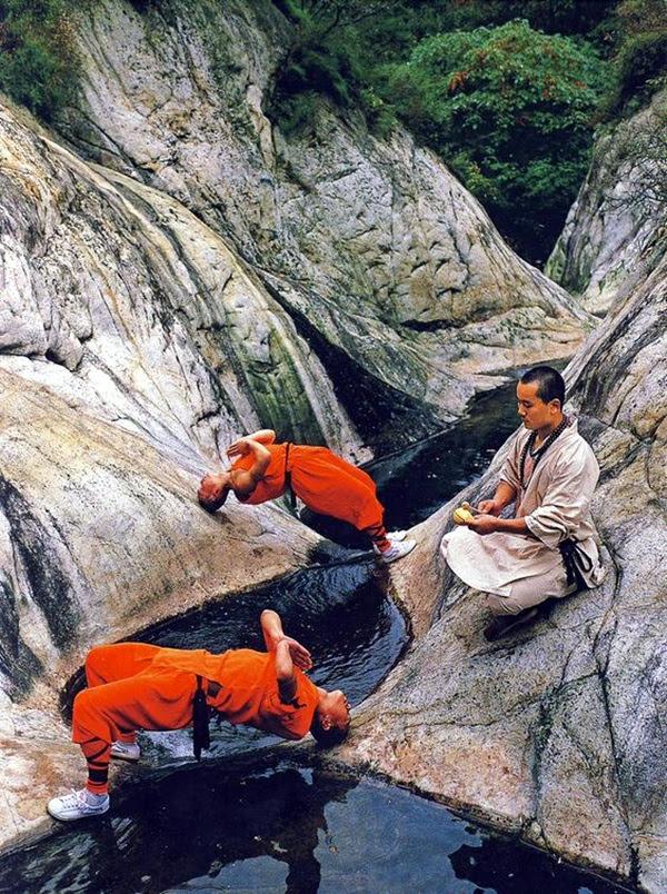 Shaolin monk Martial Art Demonstrations (37)