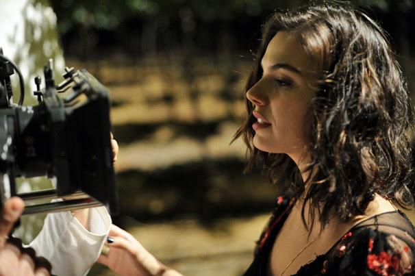 A atriz Isis Valverde é a jovem Antônia, que vai conquistar o coração de Leandro (Foto: Estevam Avellar/Globo)