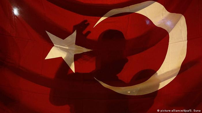 Symbolbild Türkei/Islamisten (Foto: picture-alliance/dpa/S. Suna).