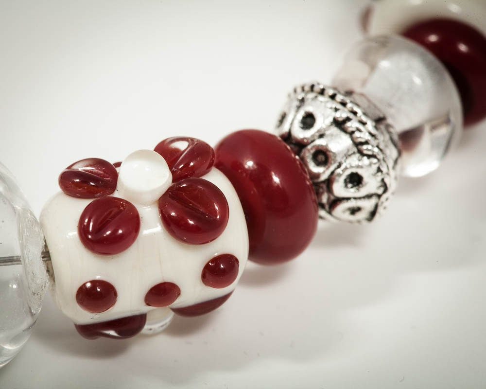 Lampwork Christmas Bracelet in Holiday Colors, Christmas Gift - StateOfFusion