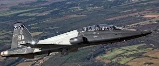 Cai mais um T-38 Talon da USAF