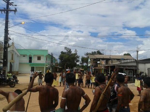 Clima ficou tenso durante protesto em Jacareacanga (Foto: Divulgação / Polícia Civil)