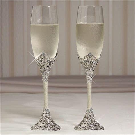 tiffany champagne flutes wedding   2011 WEDDINGPRICE LIST