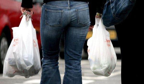 NYC cobrará 5 centavos por uso de bolsas plásticas