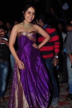 Rashi Khanna New Pics - 18 of 35