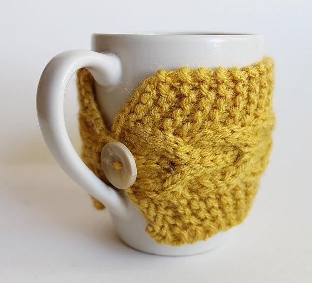 Mug Cozies Knitting Pattern : Artistic Life: Knitted Cup Cozy