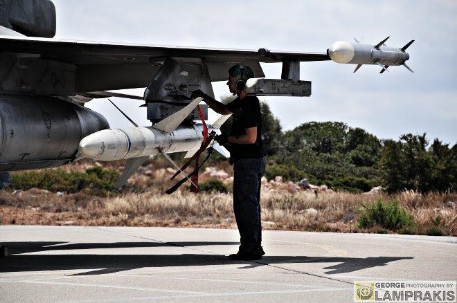 Δίχως την δική τους προσπάθεια, το δικό τους μεράκι και την αγάπη τους για την ΠΑ και το αεροπορικό μέσο, καμιά πτήση δεν δύναται να πραγματοποιηθεί...