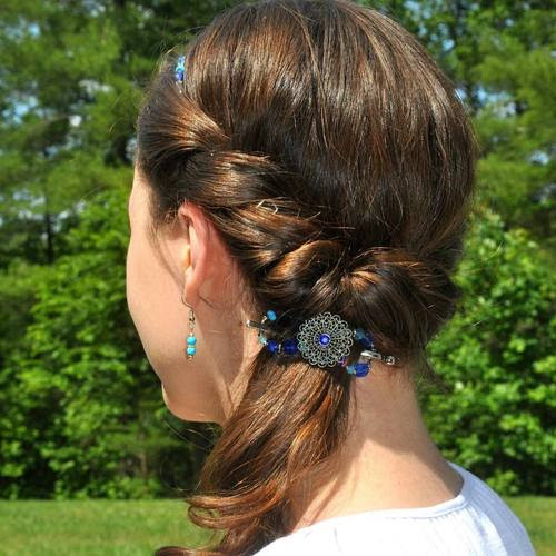 Side Ponytail With Twists