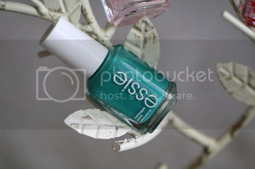 photo Essie-Naughty-Nautical_zps46ce5626.jpg