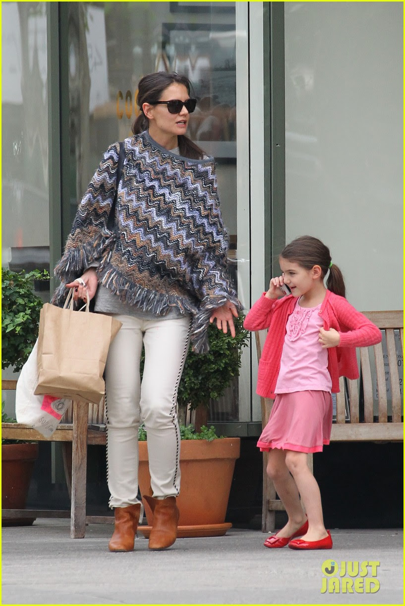 katie holmes suri mommy daughter brunch 01