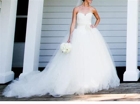 Vera Wang Bride Wars/Kate Hudson, $3,000 Size: 4   Used