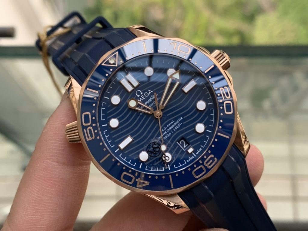 Replica Omega Seamaster Diver 300m Rose Gold Watch
