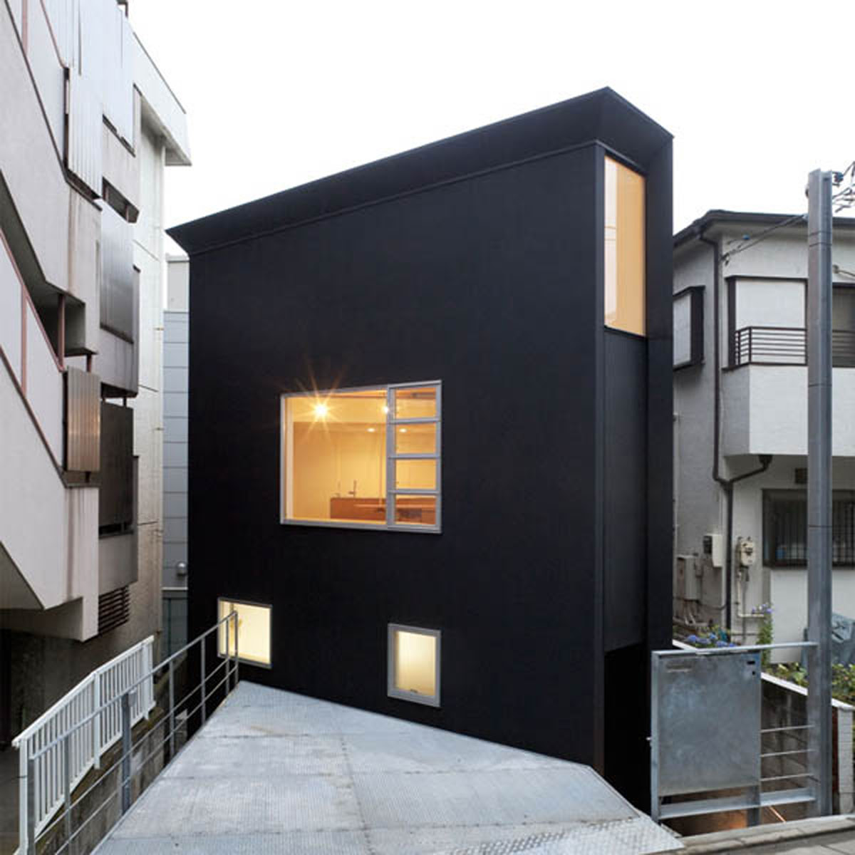 Contemporary Japanese House Inspirations with Minimalist ...
