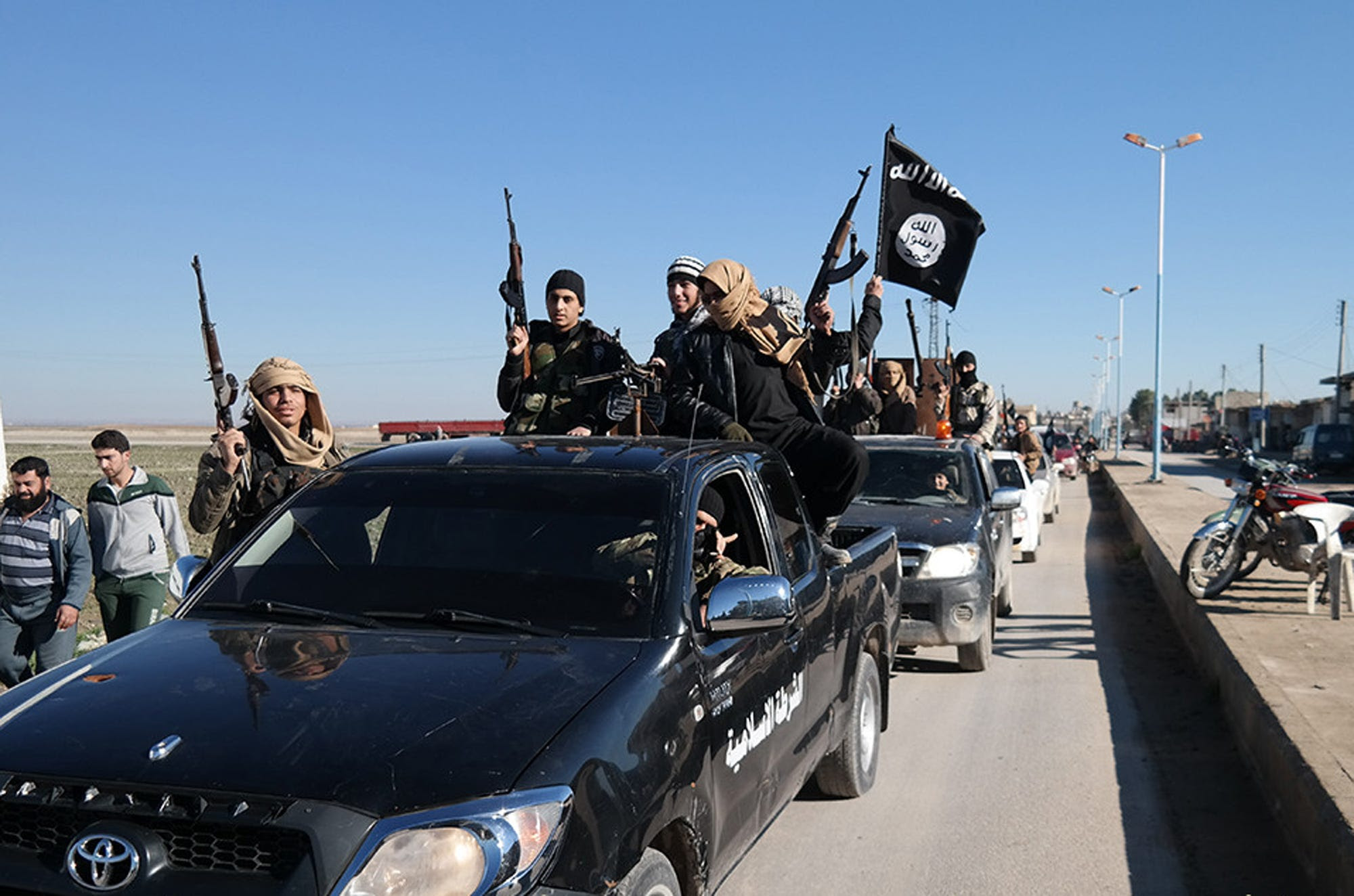 ISIS Islamic State Millitants Convoy Flag