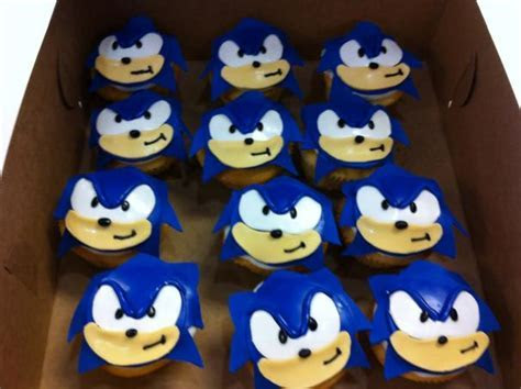 Sonic Cupcakes Cake Ideas and Designs