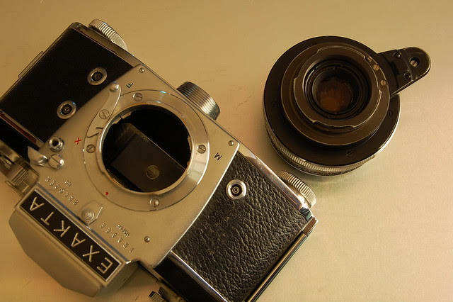 Exakta Varex IIa - Exakta proprietary lens mount
