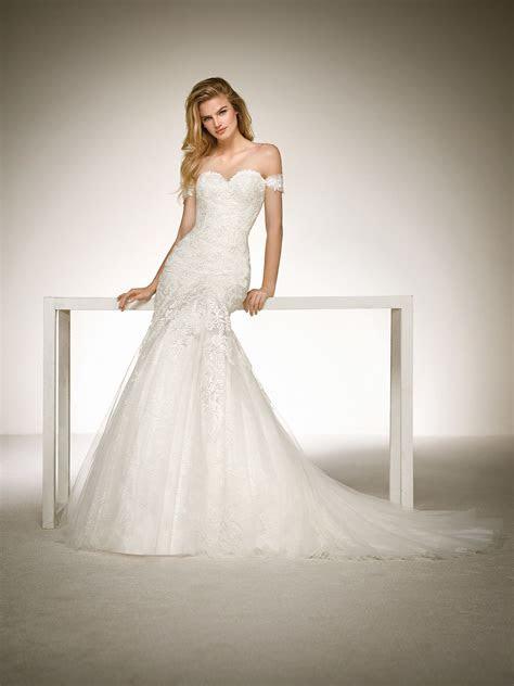 mermaid wedding dress  lace appliques dona