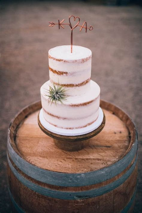 33 Ways To Incorporate Air Plants Into Your Wedding