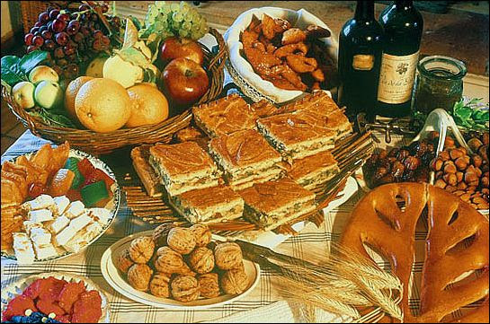 The 13 Desserts of a provencal Christmas Eve supper