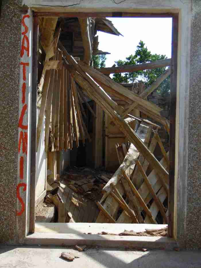Ομογενής από την Αυστραλία δίνει ζωή στην Ίμβρο. Αναστηλώνει ερειπωμένα κτίρια και διοργανώνει εκδηλώσεις