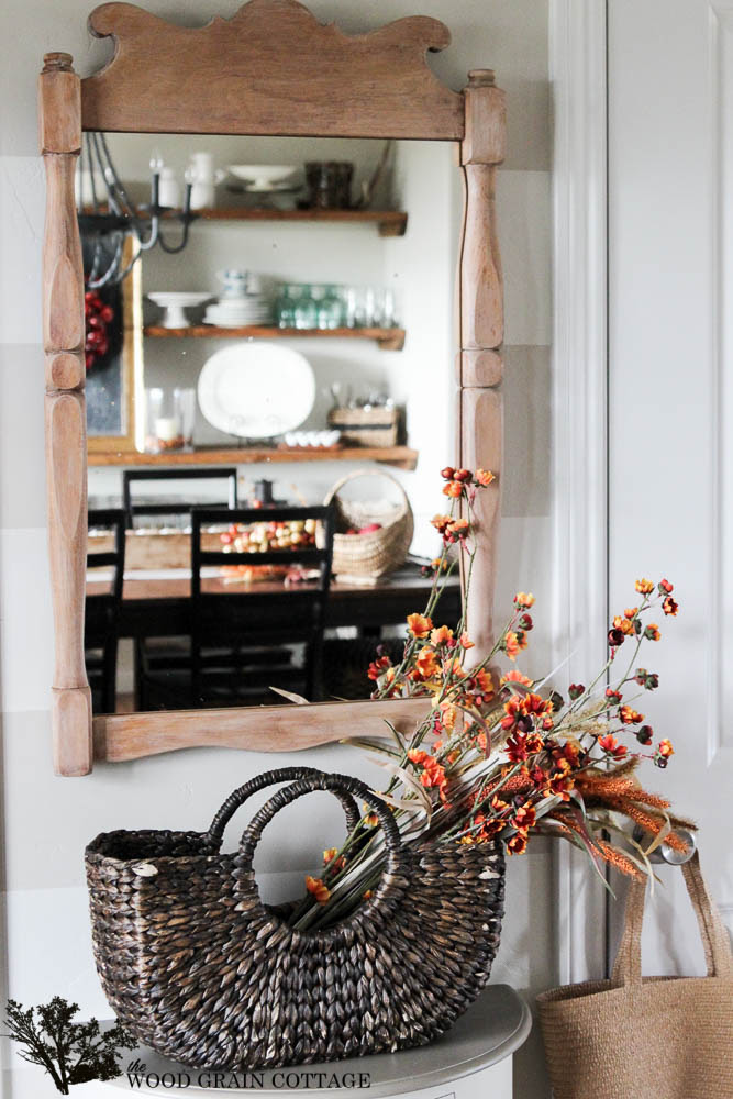 Favorite Fall Decorated Basket from The Wood Grain Cottage | Friday Favorites on www.andersonandgrant.com