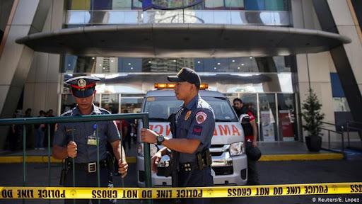 Cương quyết không chịu đeo khẩu trang trong dịch Covid-19, người đàn ông Philippines bị cảnh sát bắn chết