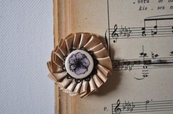 vintage inspired light brown flower hairpin