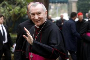 monsignor parolin arriva al suo primo incontro bilaterale italia vaticano